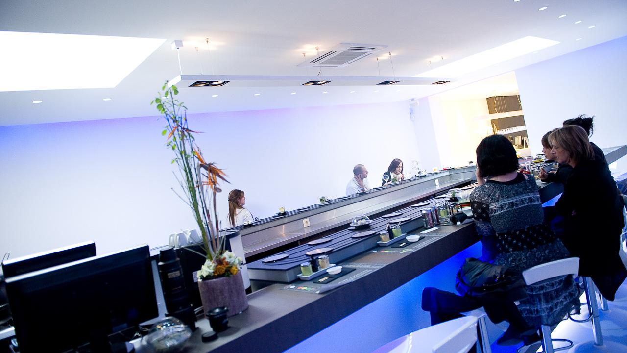 Restaurant Sushi Here